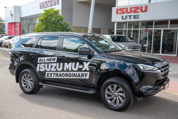 2021 Isuzu UTE MU-X UJ LS-U 4x4 Wagon Mobile Image 5