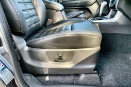 2020 MY19 Isuzu UTE MU-X LS-T 4x4 Wagon Image 5
