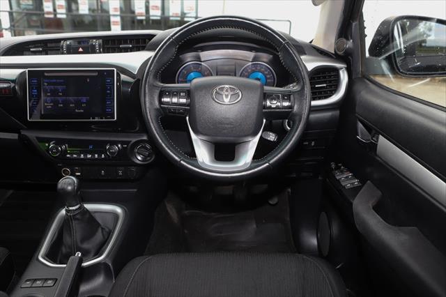 2015 Toyota HiLux GUN126R SR5 Utility Image 14
