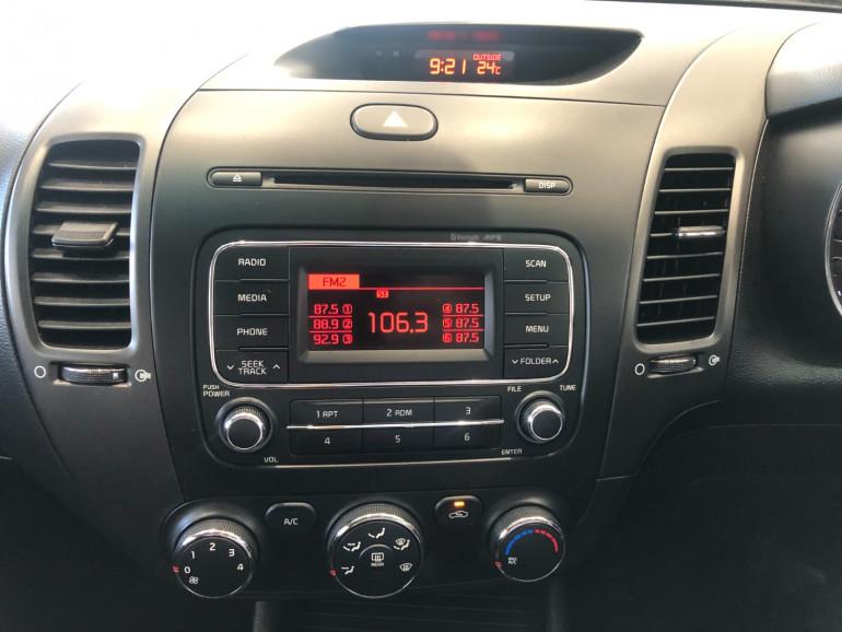 2015 Kia Cerato YD S Hatchback Image 7