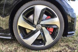 2019 Volkswagen Golf 7.5 GTi Hatchback Image 2