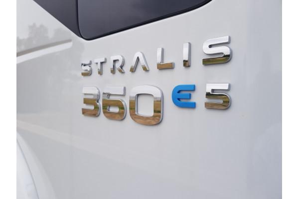 2021 Iveco Stralis ATi 360 Cab chassis Image 3