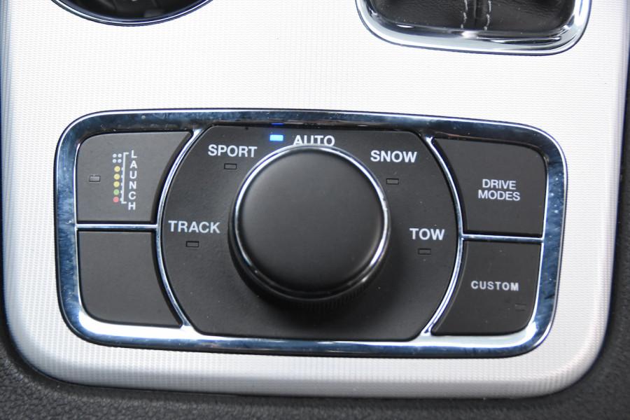 2019 Chrysler Grand Cherokee SRT 4x4 6.4L 8Spd Auto Wagon Image 18