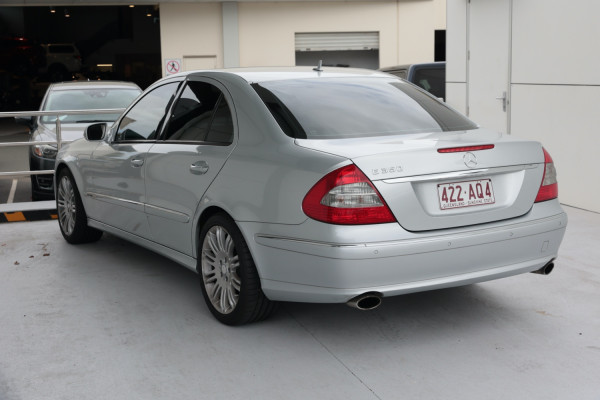 2009 Mercedes-Benz E-class W212 E350 Sedan