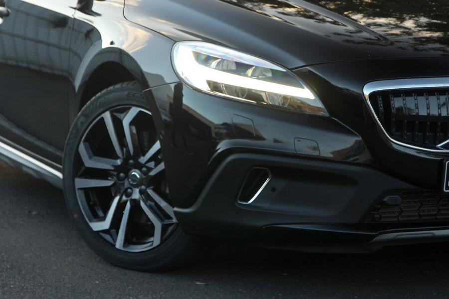 2017 Volvo V40 Cross Country (No Series) MY17 T5 Inscription Hatchback