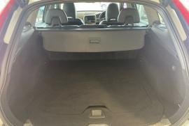 2016 Volvo XC60 (No Series) MY16 D4 Luxury Suv Mobile Image 20