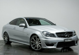 Mercedes-Benz C63 AMG SPEEDSHIFT MCT C204 MY12