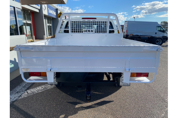 2016 MY17 Isuzu Ute D-MAX Turbo SX Cab chassis Image 5