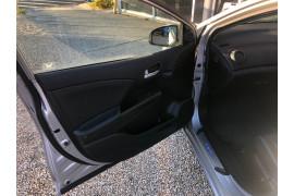 2013 Honda Civic 9th Gen MY13 VTi-LN Hatchback Image 5