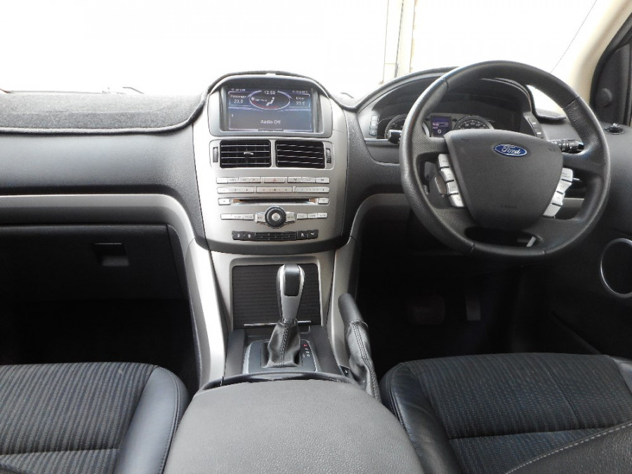 2014 Ford Territory SZ  TS RWD 2.7 T Wagon Image 15