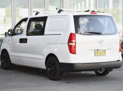 2018 MY19 Hyundai Iload TQ4 MY19 Van Image 3