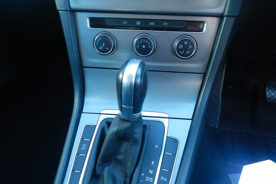 2016 Volkswagen Golf 7 92TSI Wagon Image 8