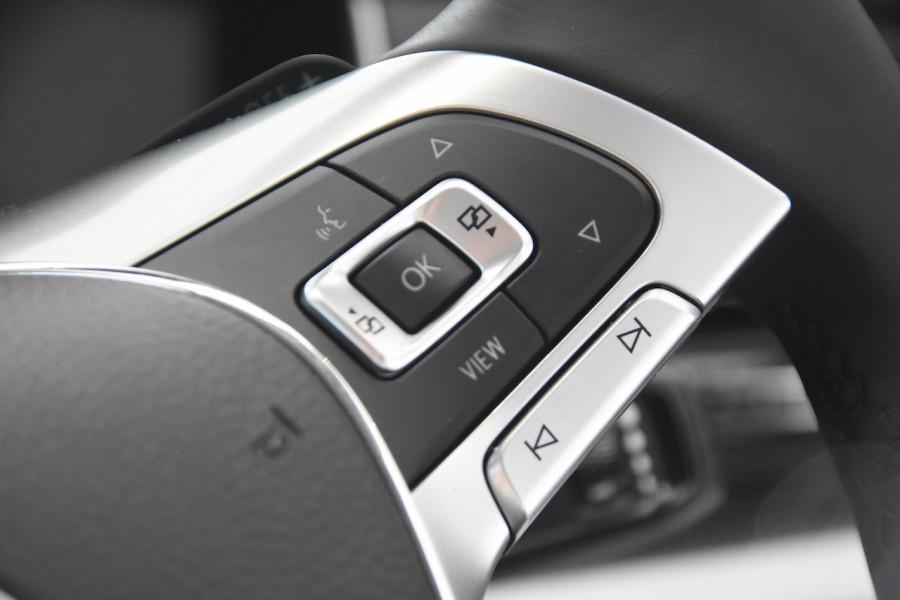 2020 Volkswagen Touareg CR 190TDI Premium Suv Image 12