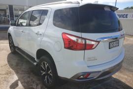 2020 MY19 Isuzu UTE MU-X LS-T 4x4 Wagon Mobile Image 6