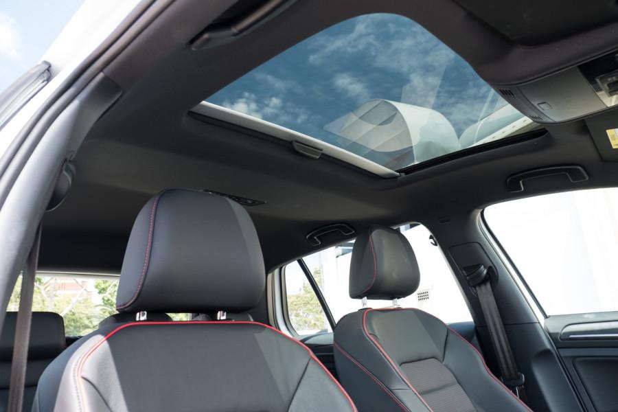 2020 Volkswagen Golf 7.5 GTI Hatch Image 14