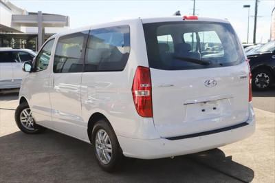 2019 Hyundai Imax TQ4 MY19 Active Wagon Image 2
