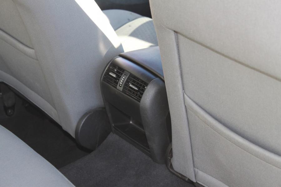 2012 Holden Commodore VE II MY12 Omega Sedan Image 13