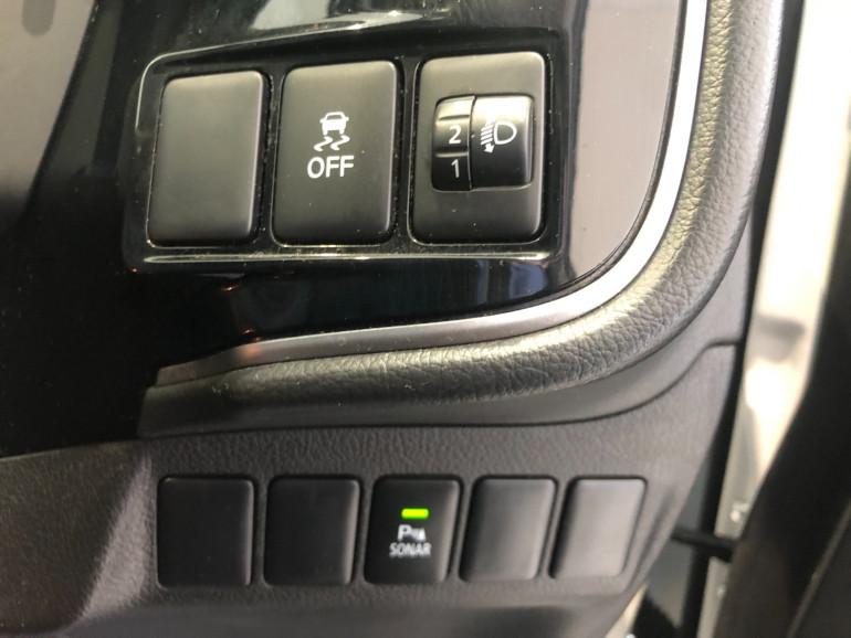 2017 Mitsubishi Outlander ZK LS 2wd 7 seat wagn Image 9
