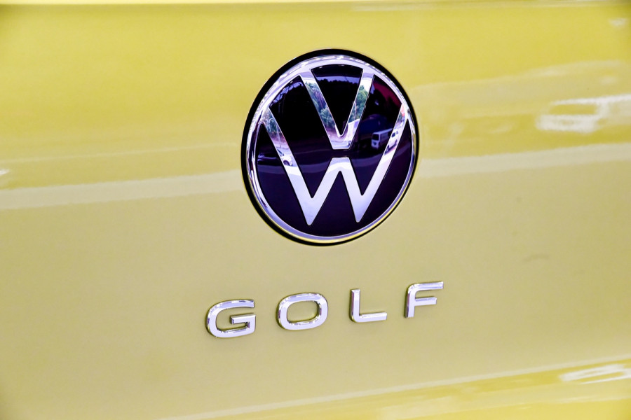 2021 Volkswagen Golf 8 110TSI Golf Hatch Image 21