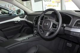 2018 MY19 Volvo XC90 L Series D5 Momentum Suv