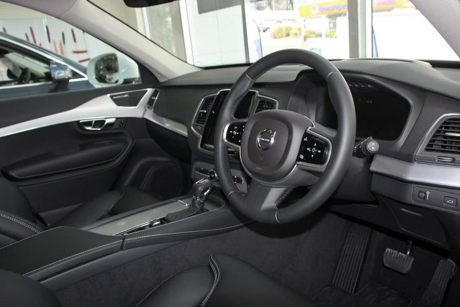 2018 MY19 Volvo XC90 L Series D5 Momentum Suv Mobile Image 6