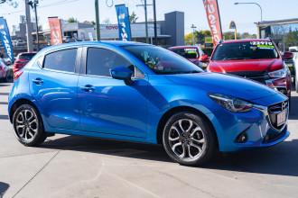 2017 Mazda 2 Hatchback Image 3