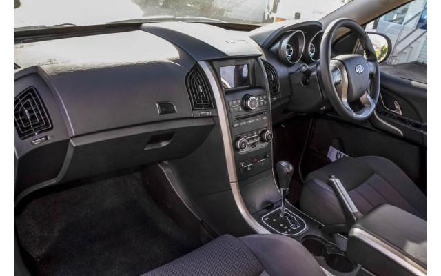 2020 MY19 Mahindra XUV500 W6 FWD Suv