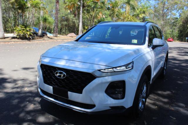 2018 Hyundai Santa Fe DM5 Series II Active Suv Image 4
