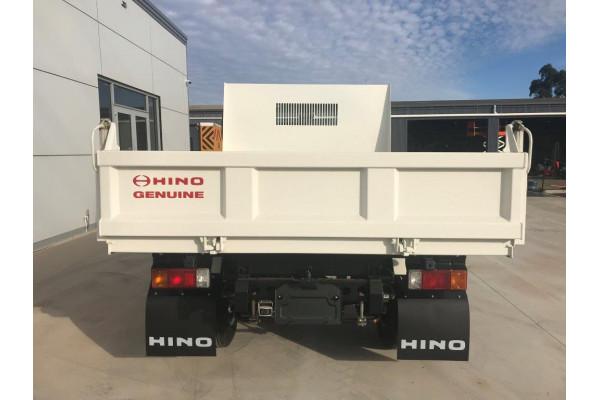 2021 Hino 617 Mt 2810 Wide 617 MT 2810 Truck Image 4