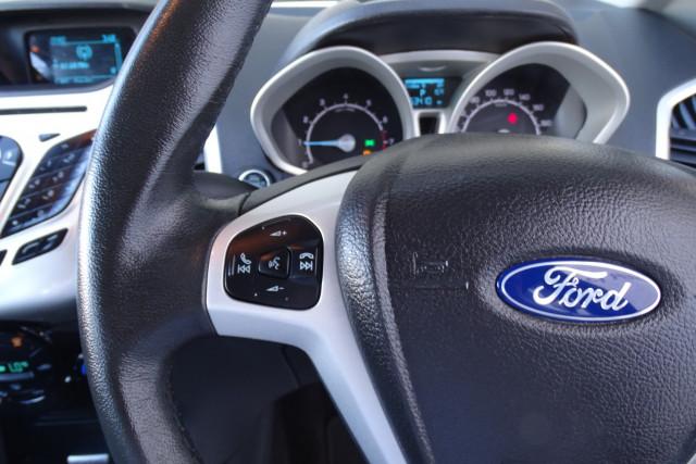 2016 Ford EcoSport Titanium 16 of 23