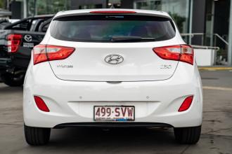 2013 Hyundai I30 GD2 Active Hatchback Image 5