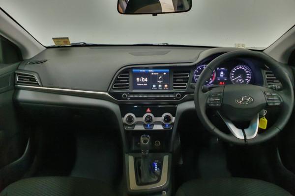 2019 Hyundai Elantra AD.2 Active Sedan Image 4