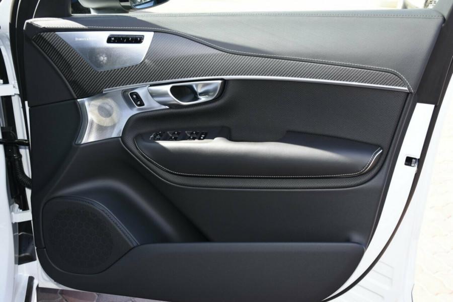 2019 Volvo XC90 L Series D5 R-Design Suv Mobile Image 5