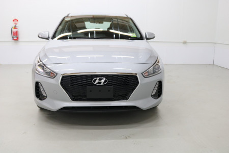 2020 Hyundai i30 PD2 Active Hatchback Image 3