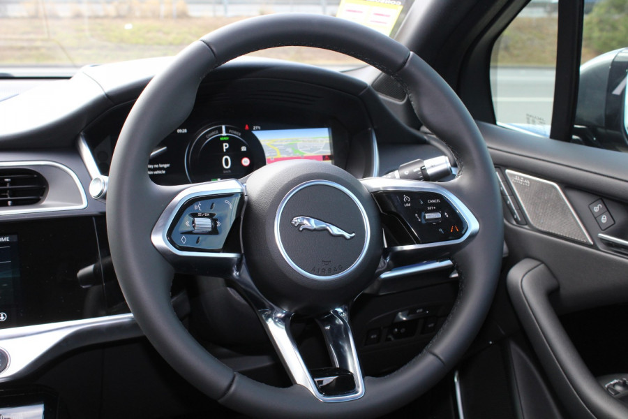 2009 MY20 Jaguar I-PACE X590 SE Hatchback Image 10