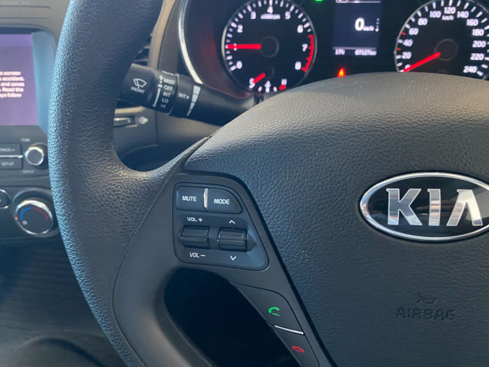 2016 MY17 Kia Cerato YD MY17 S Sedan Image 20