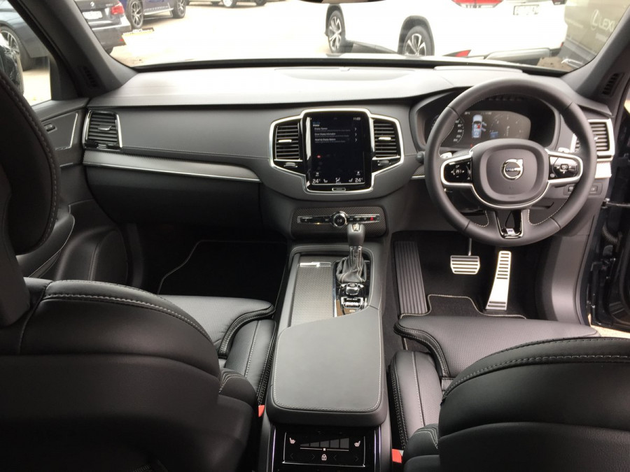 2020 Volvo XC90 L Series D5 R-Design Suv Image 13