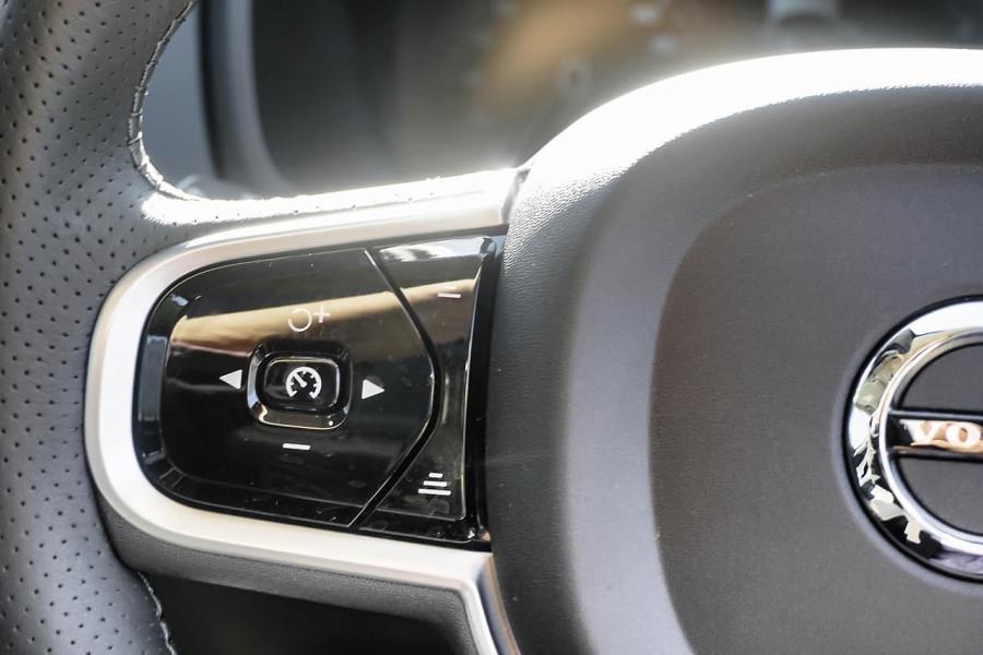 2018 MY19 Volvo XC90 L Series D5 Inscription Suv Mobile Image 8
