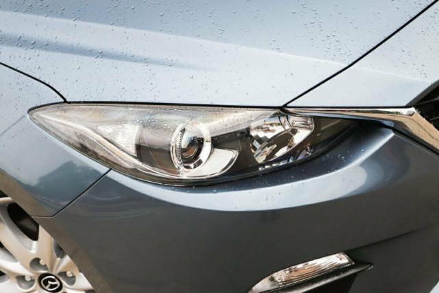 2014 Mazda 3 BM5438 SP25 SKYACTIV-Drive Hatchback Image 2