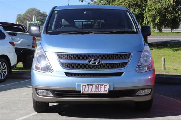 2010 Hyundai Imax TQ-W Wagon Image 5