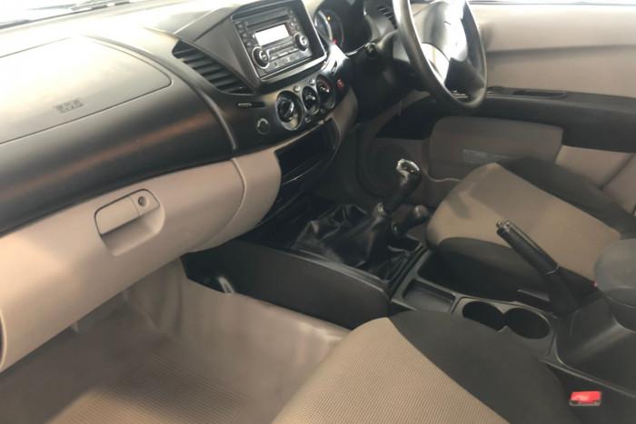 2013 Mitsubishi Triton MN MY13 GLX Ute