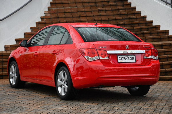 2014 Holden Cruze Vehicle Description. JH  II MY14 EQUIPE SED 4DR SA 6SP 1.8I Equipe Sedan Image 3