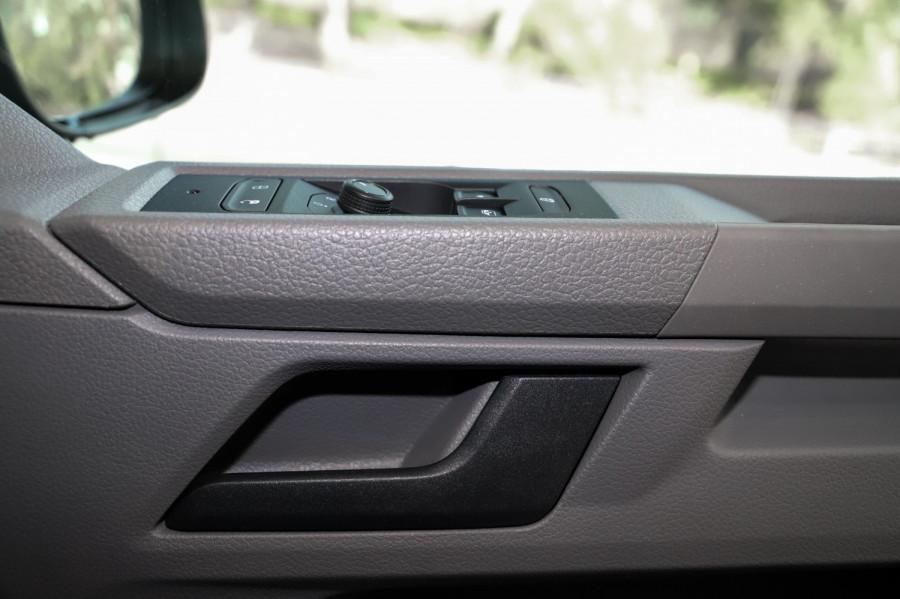 2021 Volkswagen Caravelle T6.1 TDI340 Trendline Van Image 13