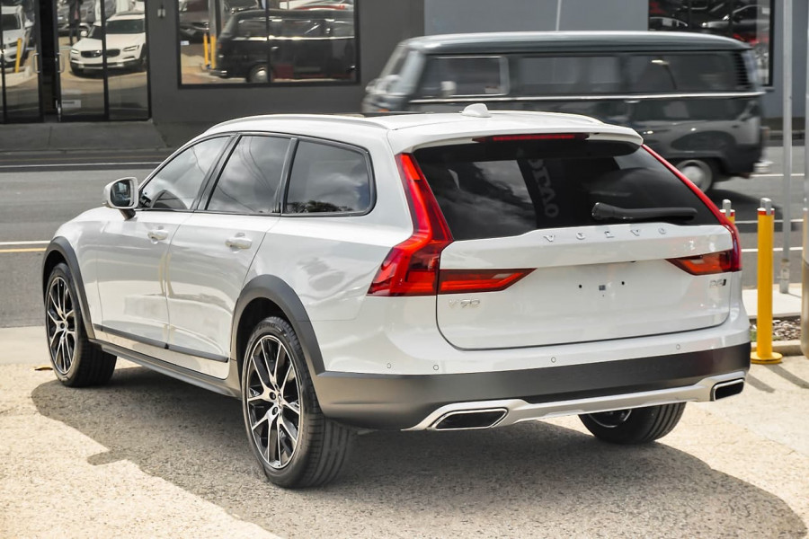 2019 MY20 Volvo V90 Cross Country D5 Wagon Mobile Image 4