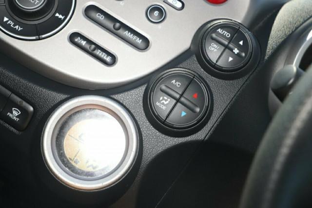 2013 Honda Jazz GE Vibe Hatchback Image 17
