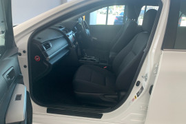 2016 Toyota Camry ASV50R Altise Sedan Image 5
