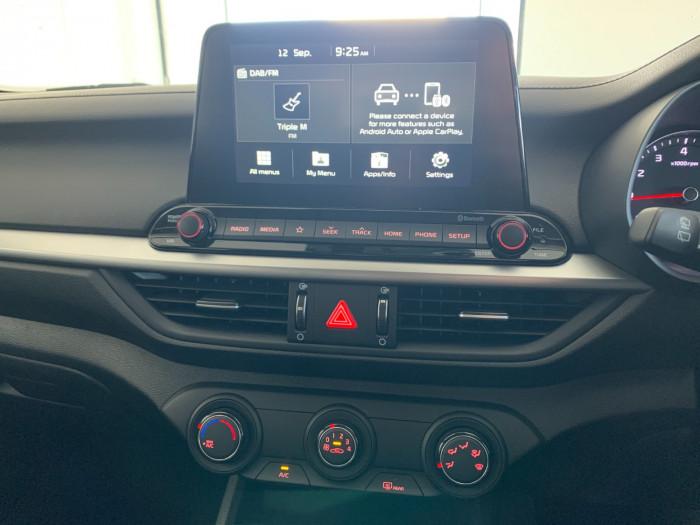 2019 Kia Cerato BD MY19 S Hatchback Image 19