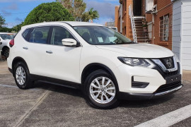 Nissan X-Trail Model description. T32  II ST WAG 7st 5dr XTRO 7sp 2.5i