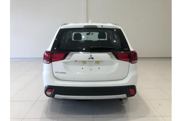 2017 Mitsubishi Outlander ZL ES Awd wagon Image 5