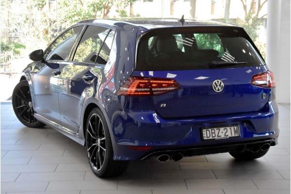 2015 MY16 Volkswagen Golf Hatch Image 2